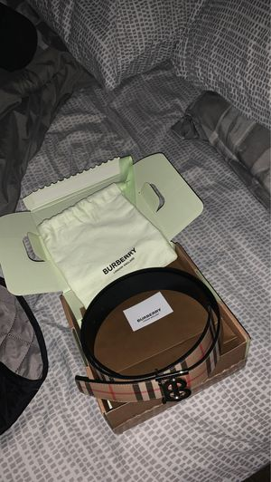 BURBERRY BELT NO FAKE SHIT for Sale in San Antonio, TX