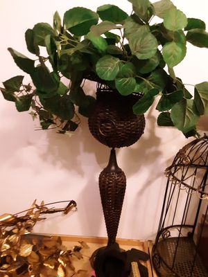 Metal - Plant Holder / Home Furnishings for Sale in South Euclid, OH