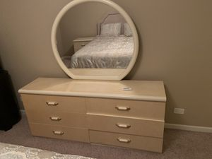 5 Piece Bedroom Set for Sale in Schaumburg, IL