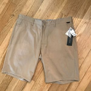 34* Ocean current Chino stretch short for Sale in Spokane, WA