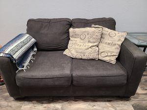 Loveseat & Sofa for Sale in Madera, CA