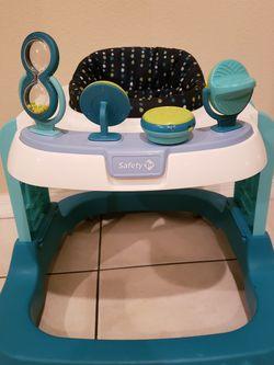 Baby Walker for Sale in Orlando,  FL