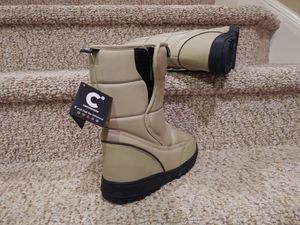 New Women's Size 9 Water Resistant Boots, rain, snow, sleet, slush for Sale in Dale City, VA