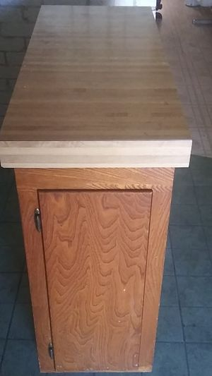 Kitchen island for Sale in Austin, TX