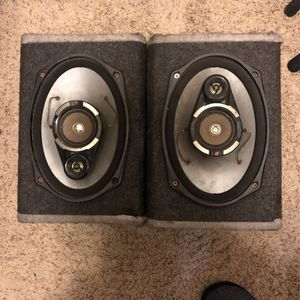 2 Kenwood Speakers and Kenwood Stereo for Sale in El Cajon, CA