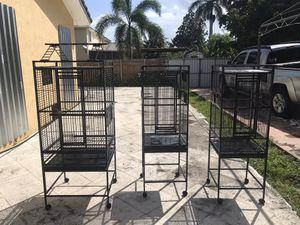 Jaulas para pájaros for Sale in Miami, FL