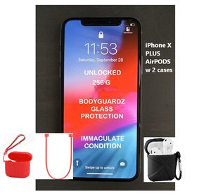 iPhone X 256g UNLOCKED w AirPods CLEAN CONDITION for Sale in Tamarac, FL