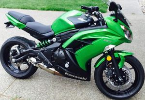 2015 Kawasaki 650 ninja motorcycle for Sale in Lacey, WA