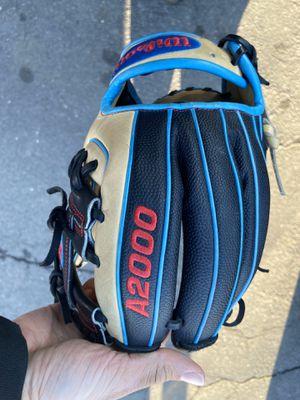 Dp15 baseball glove for Sale in East Hartford, CT