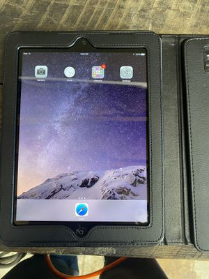 iPad 9.7inch 16gb for Sale in Enola, PA