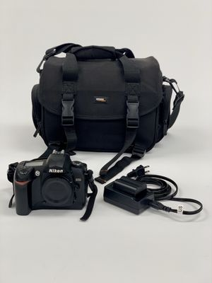 Nikon D70 Digital Camera (Body Only) for Sale in Pompano Beach, FL