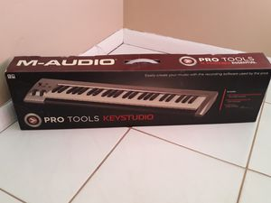 Music Keyboard for Computer for Sale in Aventura, FL