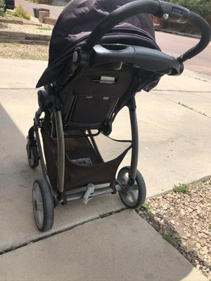 Graco stroller - clickconnect for Sale in Fountain, CO