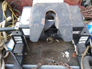 5th wheel tow hitch for Sale in Anderson, CA