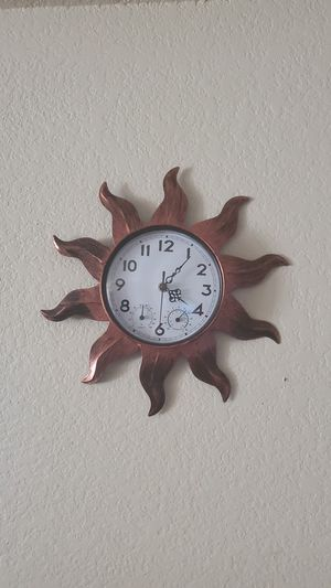 Outdoor/Indoor Sun Design Wall Clock Wit for Sale in Richland, WA