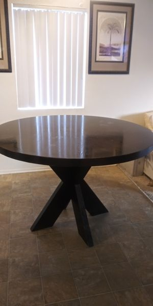 Dining table 4 chairs set for Sale in Riverside, CA
