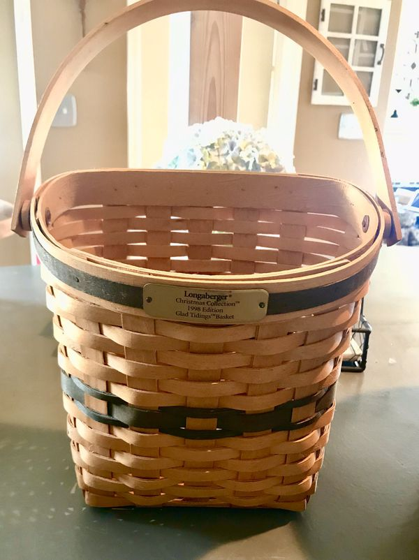 """LONGABERGER """"traditions """"collection set of signed baskets. (5)"""