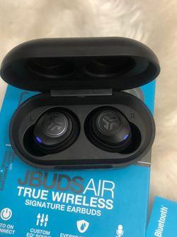 Jbudsair True Wireless Earphones - Black (Brand new! Still In The Box) for Sale in Salt Lake City,  UT