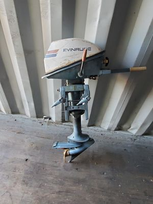 Evenrude 2 stroke 4 hp outboard motor for Sale in Orange, CA