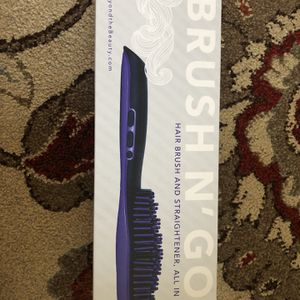 Hair Brush Straightener for Sale in Vancouver, WA