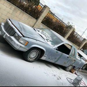 1994 fleetwood custom 2 door for Sale in Los Angeles, CA