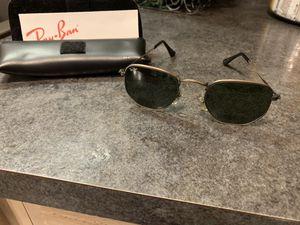 Ray ban sunglasses. for Sale in Shamokin, PA