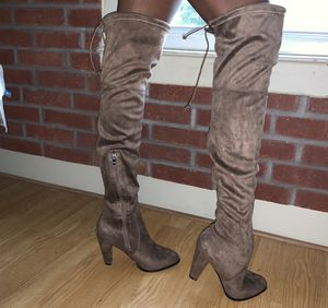 Over the knee / thigh high boots - size 9 for Sale in Houston, TX