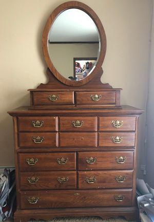 Dresser for Sale in Del Valle, TX