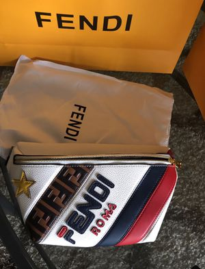 FENDI FANNY PACK, leather bag for Sale in Boca Raton, FL