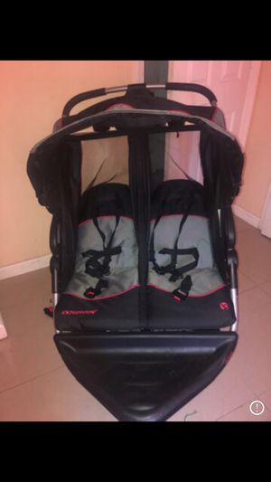 Double jogging stroller only used 4x for Sale in Bakersfield, CA