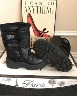 Kids winter / Snow Boots( 3 and 12 kids size ) for Sale in Red Oak, TX