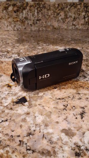 Sony HDR -cx240 camcorder mint condition for Sale in Phoenix, AZ