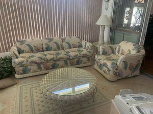 Couch set with pull out bed for Sale in Delray Beach, FL