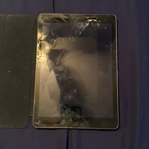 Ipad Air for Sale in Lake Wales, FL