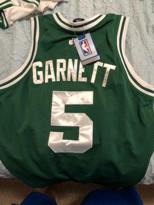 Celtics jersey Garnett medium for Sale in Bell Gardens, CA