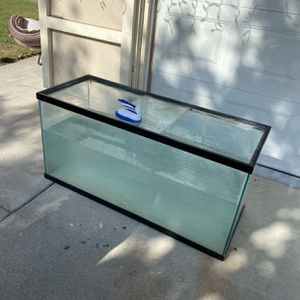 Fish Tank 90 Gal for Sale in Anaheim, CA
