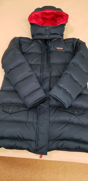 New Patagonia parka size youth M (10) for Sale in Rockville, MD