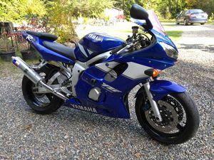 Yamaha r6 motorcycle 01 for Sale in Lakebay, WA