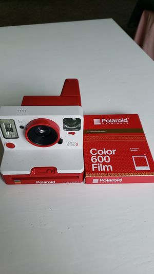 Polaroid Camera One Step 2 with Color Film for Sale in Texas City, TX