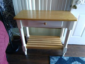 Small white wood table for Sale in Milton, FL
