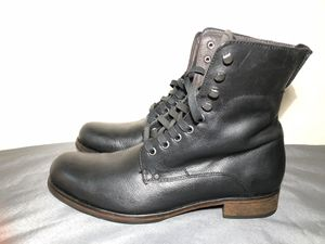 John Varvatos USA Plain Toe Lace Up Boot Black Shoe A202B Mens Sz 10.5M for Sale in New York, NY