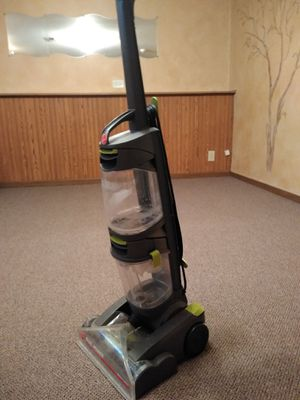Hoover vacuum cleaner for Sale in Algonquin, IL