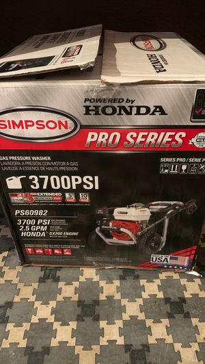 Simpson 3700 PSI Pressure Washer for Sale in Fresno, CA