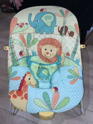 Bright Starts Bouncy Seat for Baby for Sale in Lynnwood, WA