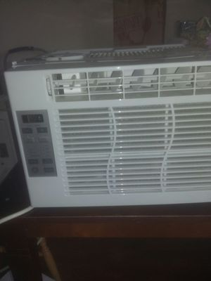 GE WINDOW AC UNIT for Sale in Columbus, OH
