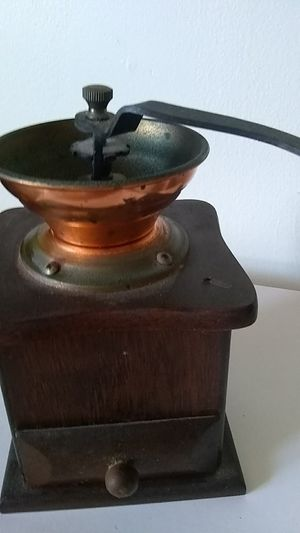 Coffee grinder for Sale in Dartmouth, MA