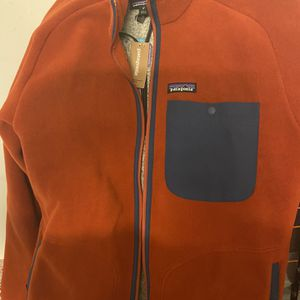 Patagonia Orange Fleece Sz L Brand New With Tags for Sale in Chicago, IL