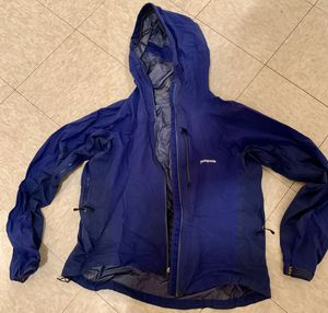 Patagonia Hoody Wind Breaker for Sale in Brooklyn, NY
