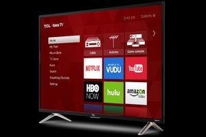 """TCL Roku TV 40"""" for Sale in Seattle, WA"""
