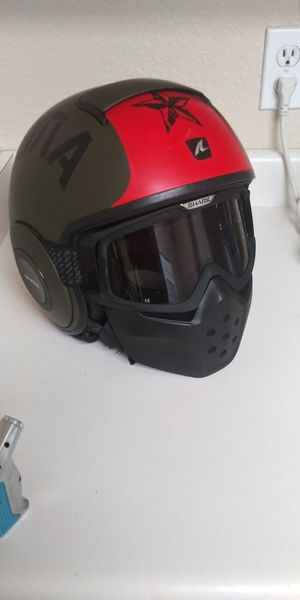 Shark drak helmet xl for Sale in Gilbert, AZ